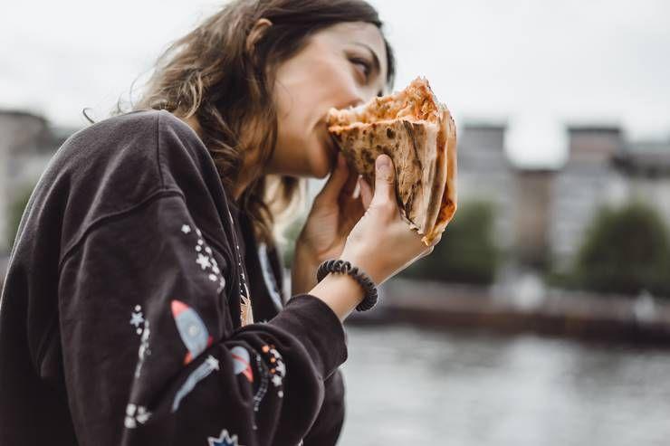 식사 속도를 줄이면, 체중도 줄어든다?!